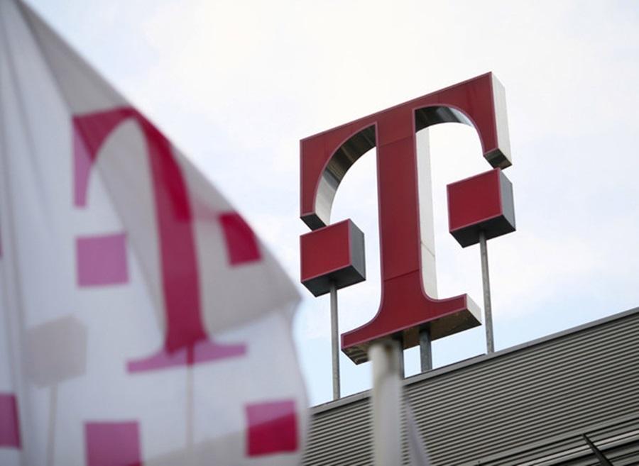 Telekom Romania ofera 1 TB spatiu noilor clienti de business