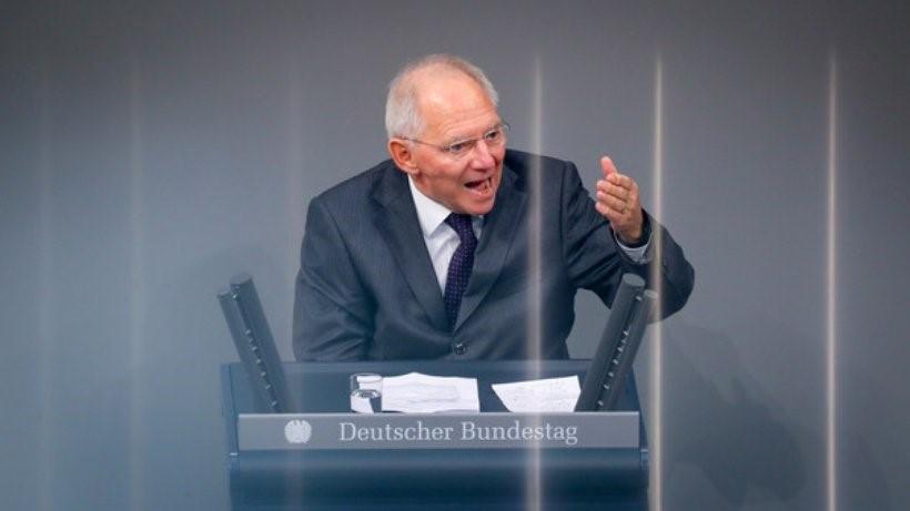 Wolfgang Schäuble: Datoriile si imprumuturile instabile la nivel global pot anunta o noua criza financiara