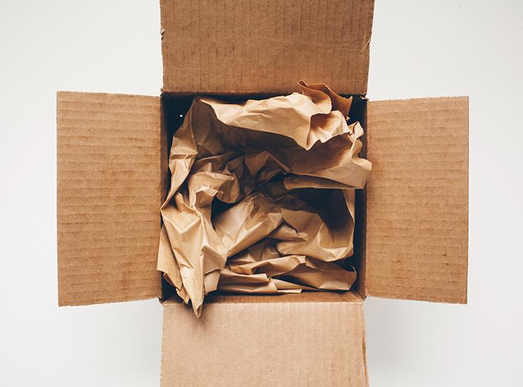 Cum sa impachetezi obiectele fragile, din ceramica, portelan, sticla